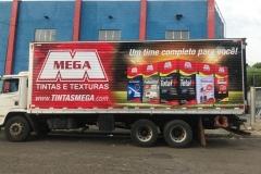 Adesivo para Caminhão, com instalação, para a frota do cliente Mega Tintas e Texturas